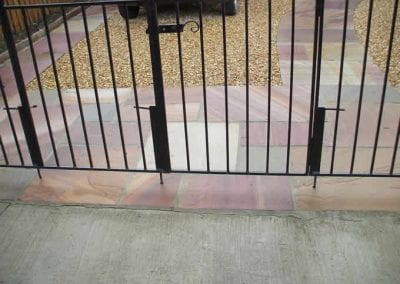indian_sandstone_and_gravel_driveway